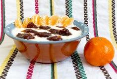 Hemlagat driftstopp för lösa jordgubbar för yoghurt Royaltyfria Foton
