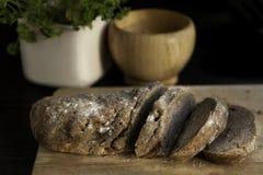 Hemlagat skivat bröd Royaltyfri Fotografi