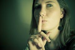 hemlig kvinna Arkivfoton