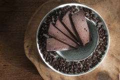 Hemmet gjorde chokladstänger med kaffe Royaltyfria Bilder