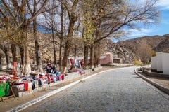 Hemslöjdsäljare på Santa Rosa de Tastil Village - Santa Rosa de Tastil, Salta, Argentina arkivfoton