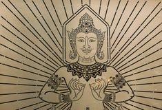 Hemslöjdspegel med bilden av Devata eller guden Arkivfoto