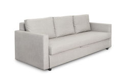 Hemtrevlig grå soffa för tre platser royaltyfri fotografi