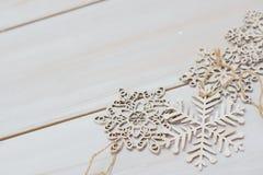 Hemtrevlig julbakgrund för vinter Arkivfoto