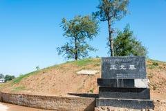 HENAN, CHINE - 27 octobre 2015 : Tombe de Wang Yun (137-192) un célèbre Images libres de droits