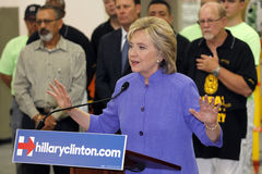HENDERSON, NV - 14 ΟΚΤΩΒΡΊΟΥ 2015: Το δημοκρατικό U S ο προεδρικός υποψήφιος & ο προηγούμενος Υπουργός Εξωτερικών Χίλαρι Κλίντον  στοκ εικόνες