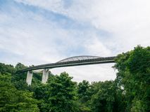 Henderson Waves Bridge Singapore avec onduler l'acier incurvé images stock