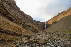 Hengifoss siklawa w Iceland Fotografia Stock