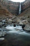 Hengifoss-Wasserfall, östlich von Island Stockfotografie