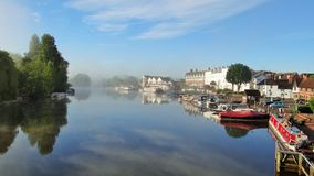 Henley auf Themse, Ansicht von Henley-Brücke stockbilder