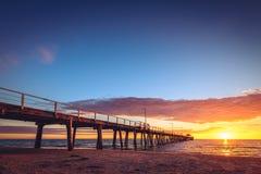 Henley Beach Jetty en la puesta del sol Imagen de archivo libre de regalías