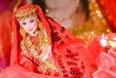 b66eaad4dee Henna μαριονέτα Henna κούκλα Henna φόρεμα Κόκκινα φορέματα μαριονετών στοκ  φωτογραφία με δικαίωμα ελεύθερης χρήσης