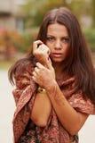 Henna τέχνη σε ετοιμότητα της γυναίκας Στοκ εικόνες με δικαίωμα ελεύθερης χρήσης