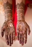 Henna χρώμα χεριών Στοκ εικόνα με δικαίωμα ελεύθερης χρήσης