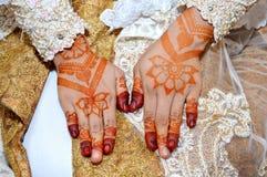 Henna On Hands Imagenes de archivo