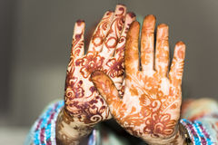 Henna Hands Arkivfoto