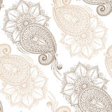 Henna Mehendy Doodles Seamless Pattern su un fondo bianco Immagine Stock