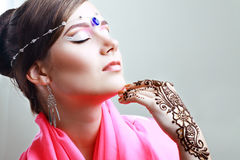 Henna with perfect arabian make up Royalty Free Stock Photos