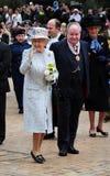Henne majestätdrottning Elizabeth II på Bromley Arkivfoton