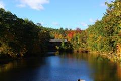 Henniker-überdachte Brücke in Henniker, New Hampshire Stockbilder