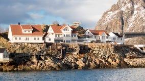 Henningsvaer em ilhas de Lofoten, Noruega Imagens de Stock