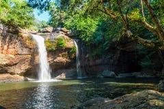 Heo Suwat Waterfall no parque nacional de Khao Yai Foto de Stock