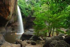 Heo Suwat Waterfall, parques nacionales de Khao Yai Imagenes de archivo