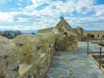 HERAKLION, GRIEKENLAND - November, 2017: Mening van Heraclion-haven van Oude Venetiaanse Vesting Koule, Kreta royalty-vrije stock fotografie