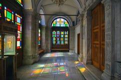 Heraklion Kreta/Grekland - April 3, 2012: Agios Minas Cathedral är en grekisk ortodox domkyrka arkivfoto