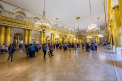 Heraldisk korridor i eremitboningmuseet i St Petersburg, Ryssland Royaltyfri Bild