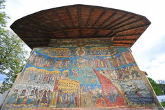 Herança do UNESCO - monastério Moldavian de Voronet Fotos de Stock Royalty Free