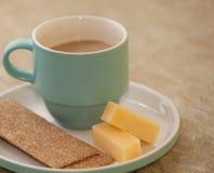 Herauf Kaffee mit Milch Lizenzfreie Stockfotos