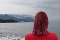 Herausforderung, zum das rosa Haarmädchen zu sein! lizenzfreies stockfoto