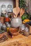 herb basilów części rosnącej żywnościowego przyprawy Obrazy Royalty Free