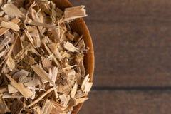 Herb Willow Bark é encontrado na natureza e usado medicinalmente para imagens de stock