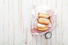 Herbaciany czas z świątecznymi sufganiyot donuts fotografia royalty free
