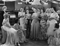 HERBACIANY przyjęcie (Wszystkie persons przedstawiający no są długiego utrzymania i żadny nieruchomość istnieje Dostawca gwarancj Zdjęcia Stock