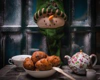 Herbaciany, tradycyjny i typowy holender, oliebollen, nafciana klucha, fritter, dla Holenderskiej nowy rok wigilii obrazy royalty free