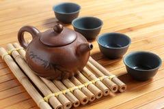 Herbaciany ustawiający na drewnianym stole robić bambus Obrazy Royalty Free