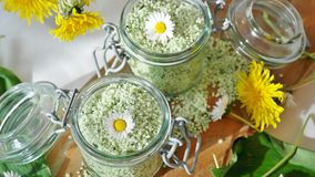 Herbal aromatherapy salts
