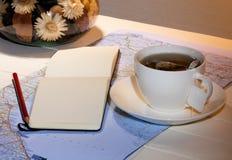 Herbata i plan podróży Zdjęcia Royalty Free