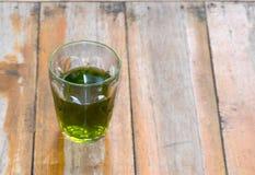 Herbata i szkło Zdjęcia Royalty Free