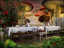 Herbata w magicznym ogródzie Zdjęcia Royalty Free