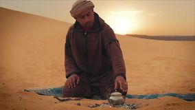 Herbata w pustyni zbiory wideo