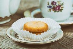Herbata z Duńskimi maseł ciastkami zdjęcie royalty free