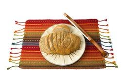 Herbed Brot mit Brot sah Stockfoto