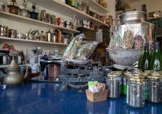 Herbes et boutique d'épice images stock