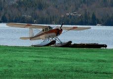 Herbewegungs-Flugzeug Stockfotos