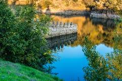 Herbst in Buitrago-De Lozoya Stockbilder