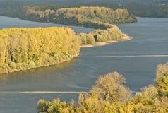 Herbst in dem Fluss Rhein nahe Bingen Stockfoto